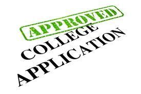 How to Write a College Application Essay: Tips and 4 Examples